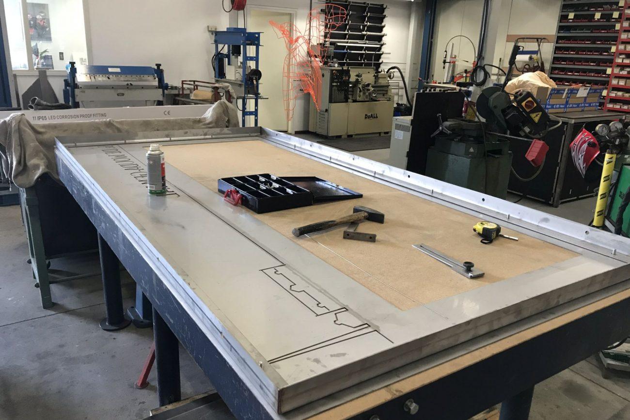 Woudagemaal Rvs framewerk klomp & gijzen